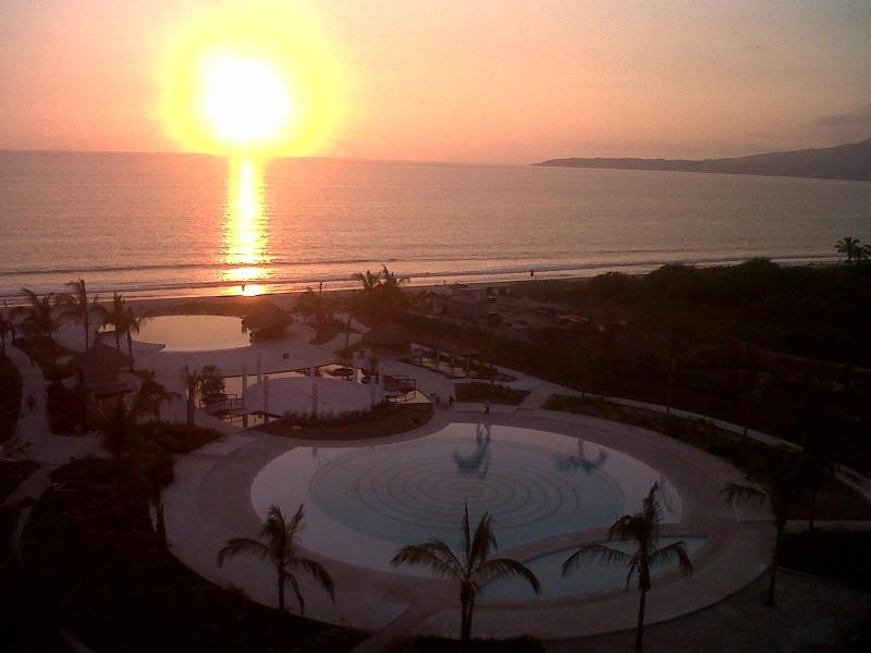 Sunset at Delcanto #1 - Oceanfront 3 Bedroom PENTHOUSE in Nuevo Vallarta - Nuevo Vallarta - rentals