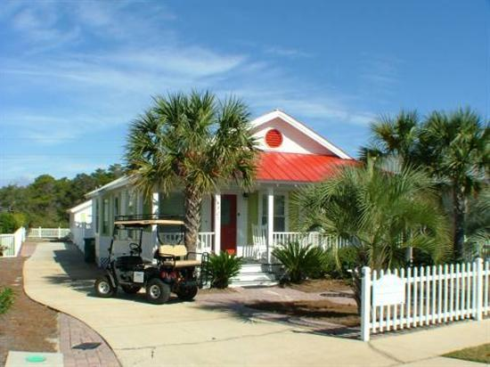 Welcome to the Coconut Palms (Golf Cart optional) - Apr-May Dates Available Pvt Pool Pet CPlm - Destin - rentals