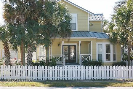 Welcome to K Sea's Beach Cottage - Price Reduced for March GolfCart Pool Pets KC - Destin - rentals