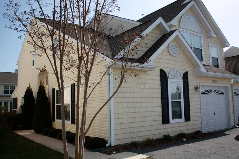 Front of house - 4 beds and 3.5 baths; next availability Sept 8 - Rehoboth Beach - rentals