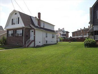 Property 92557 - One Block From Beach 92557 - Cape May - rentals