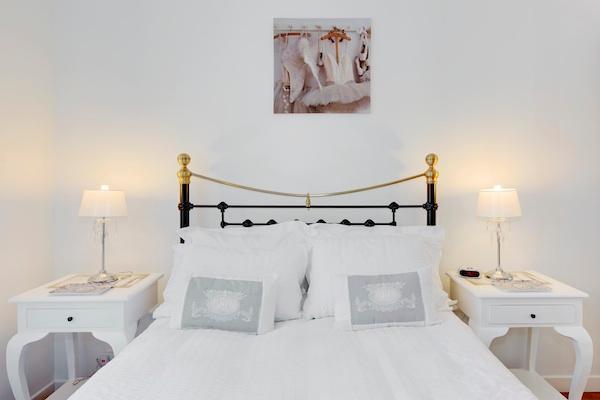 Romantic double bedroom - YourNiceApartment Le Romantic: Valentine's Promo! - Nice - rentals