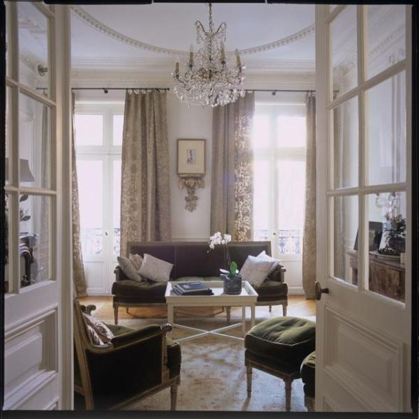 Living room - Classic Luxury Marais Pied-à-Terre, Place des Vosges-Ile st Louis, 3 bed/2 bath - Paris - rentals