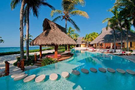 Spacious & Private Beachfront Estate with Pool - Palmasola is Paradise Found - Image 1 - Punta de Mita - rentals