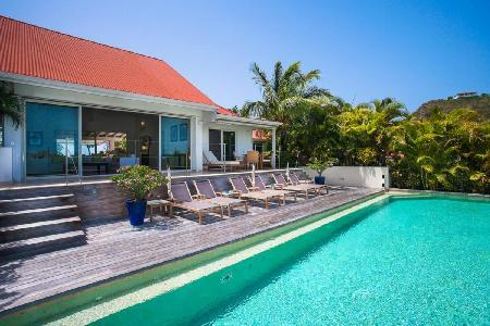 Villa Lakshmi with stunning sea and mountain views and outdoor dining - Image 1 - Saint Jean - rentals