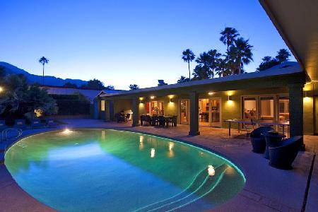 Mel House boasts a spacious ranch design with mountain views, saltwater pool & spa and media room - Image 1 - Palm Springs - rentals
