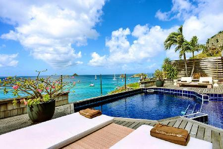 Cliffside Sky Vista offers exceptional sea views, pool & is close to town - Image 1 - Gustavia - rentals