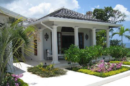 Bougainvillea at Tryall has private verandas with sea view, pool and housekeeper - Image 1 - Montego Bay - rentals