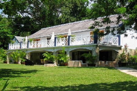 Luxurious Frankfort Villa has a private beach, sports facilities, and a chef - Image 1 - Ocho Rios - rentals