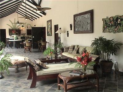 view of living area from the front entrance - Casa Manana - Dominical - rentals