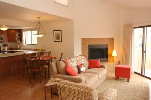 Upstairs One Bedroom Condo with Views at Ventana Vista - Image 1 - Tucson - rentals