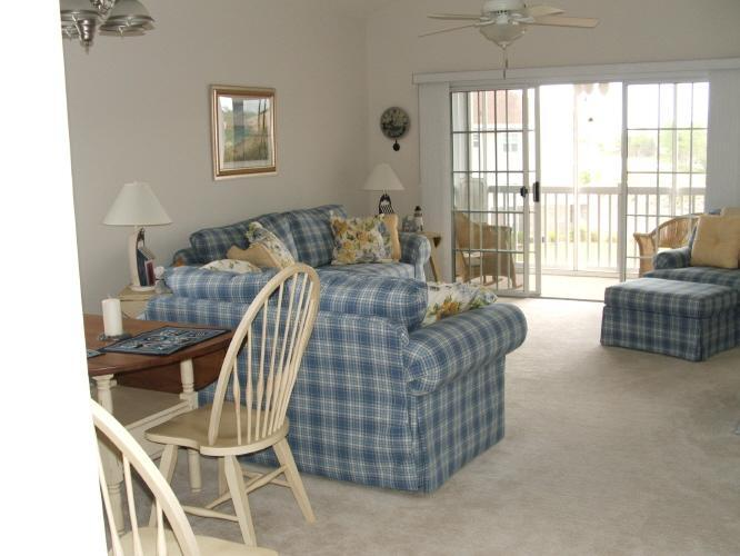 Living Area from Foyer - Barefoot Resort- Great Spring/Summer Rates!! Includes WIFI, Linen/Towels/ Taxes - North Myrtle Beach - rentals