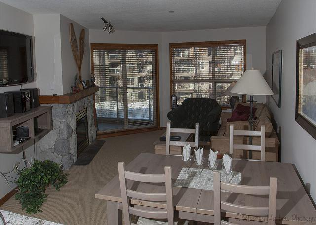 Living Area with Courtyard View - Aspens #361, Updated 1 Bdrm, Ski in Ski out, Bright Pool View, Free Wifi - Whistler - rentals