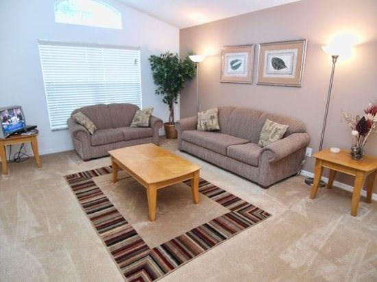 Living Area - S4P1020SC 4 Bedroom Spacious Pool Home with Game Rooms And Free WiFi - Davenport - rentals