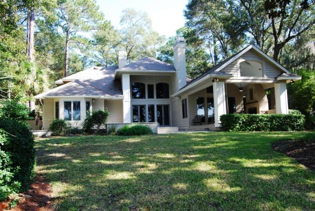 Back of the house with pool and cabana - 91 - Hilton Head - rentals