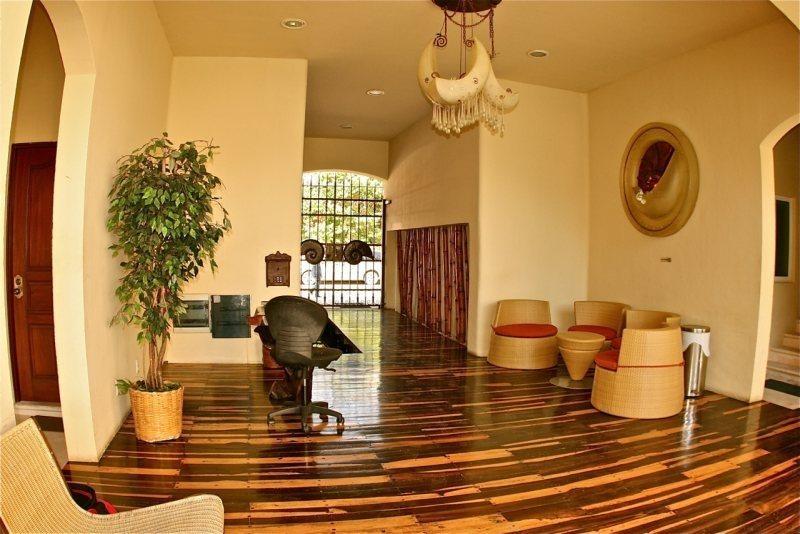 2 Bedroom Condo with awesome pool area - Image 1 - Playa del Carmen - rentals