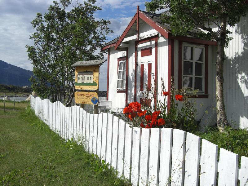 House with soul, idyllic site by sea - Image 1 - Nordland - rentals