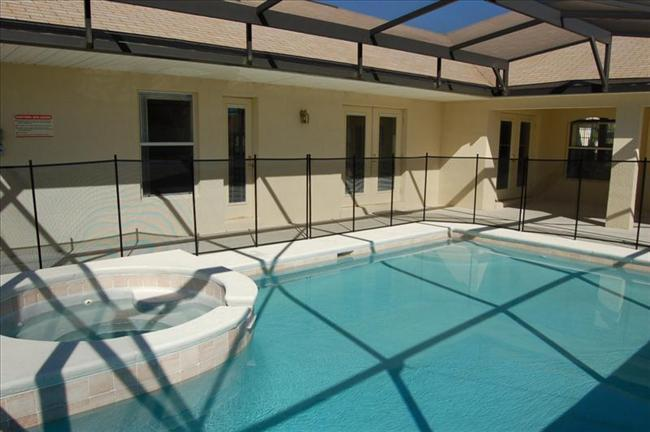 Owl Disney Vacation Rental Home-6 Bedroom 4 Bathroom Charmer in Orange Tree - Image 1 - Clermont - rentals