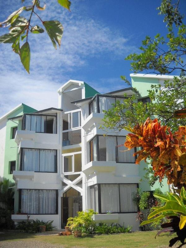 Ola Del Mar - Your Retreat in DR - Image 1 - Costambar - rentals
