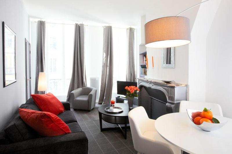 LUXURY ONE BEDROOM FLAT IN MONTORGUEIL - Image 1 - Paris - rentals