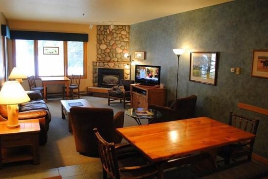 Living Area - Snowflower 107 - Steamboat Springs - rentals