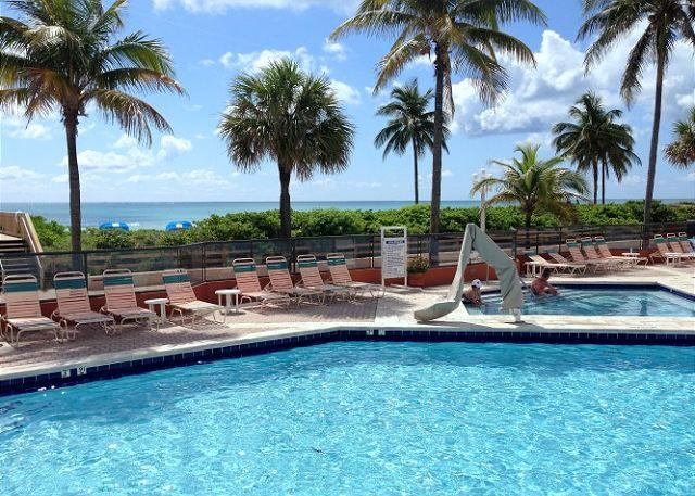 On the Beach Ocean View Studio King Bed & Futon for 3 Guests Heated Pool 430 - Image 1 - Hollywood - rentals