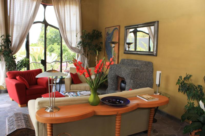 Living Room. LOTS of sun! - House-shown yearly on the House and Garden Tour! - San Miguel de Allende - rentals