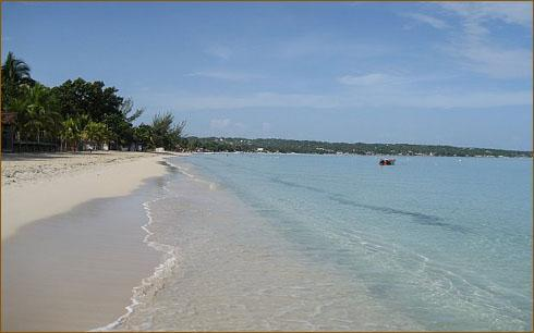 Nirvana beach front - A/C 1 BR Garden Studio Apt. w/ kit. Steps to Beach - Negril - rentals