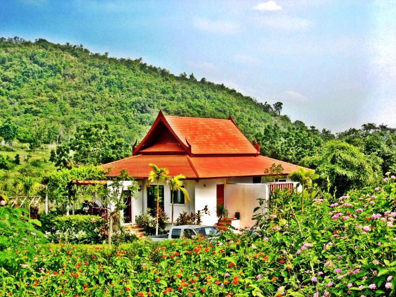 Mountain Breeze Villa - Nestled in greenery - Mountain Breeze Villa - Near the beach - Pran Buri - rentals