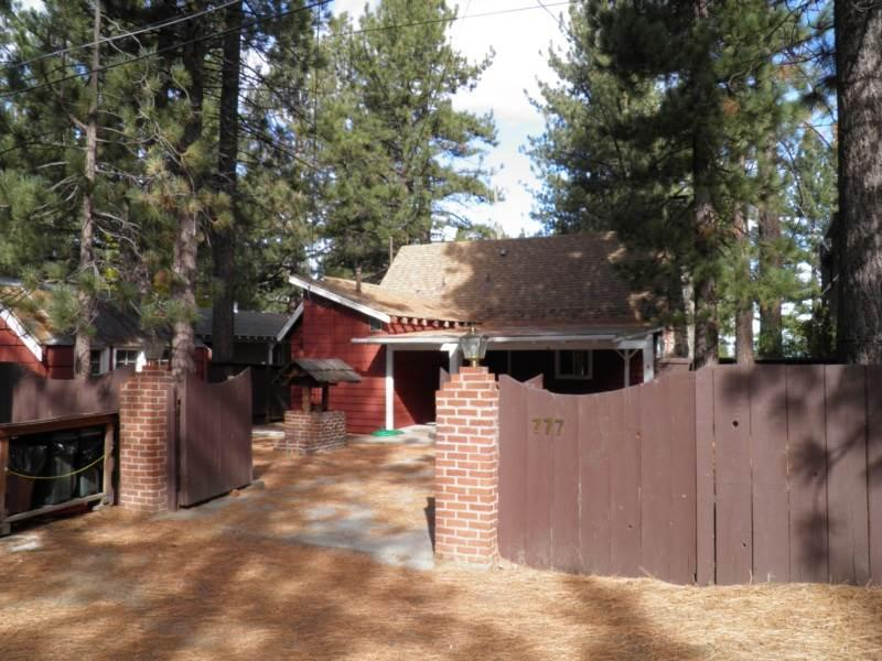 777 Merced Lakefront Cabin - Image 1 - South Lake Tahoe - rentals