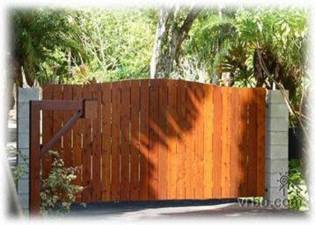 Private Gate Entrance - Kauai Tree House: Beautiful Haena home within a gated estate - Hanalei - rentals