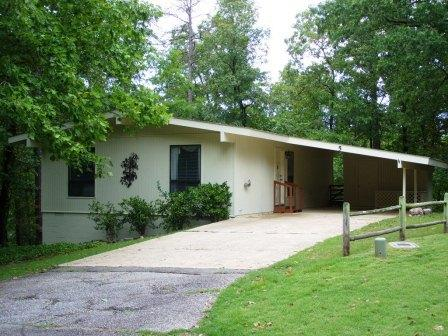 5AlgiLn  Carmona Area   Home   Sleeps 4 - Image 1 - Hot Springs Village - rentals