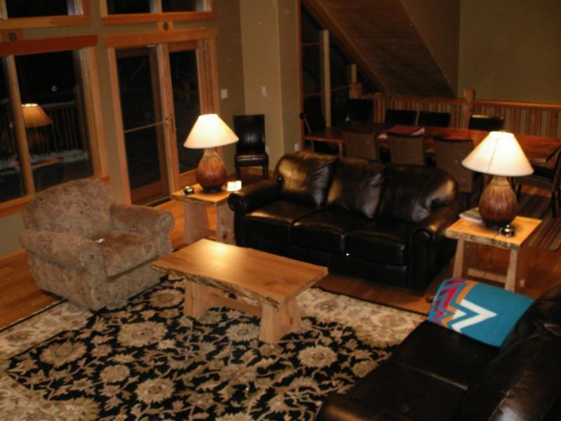 Luxurious Home in Exclusive Location near Gondola - Image 1 - Golden - rentals