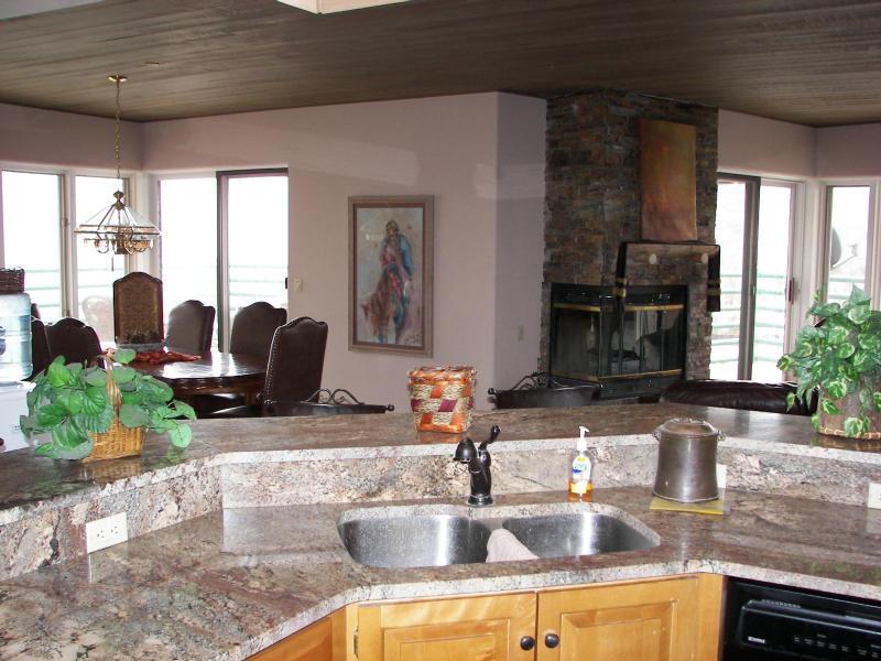 View From Granite Kitchen - Penthouse Suite-Durango Mountain Resort Ski-in/out - Durango - rentals