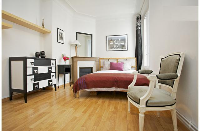 Quite and Bright Parisian apartment in the 17th - Image 1 - Paris - rentals