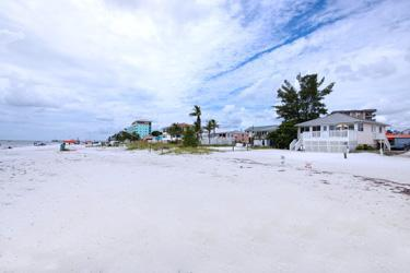 View - Beachshore Cottage Direct beachfront 3 BR Vacation Home just south of the Pier - Fort Myers Beach - rentals