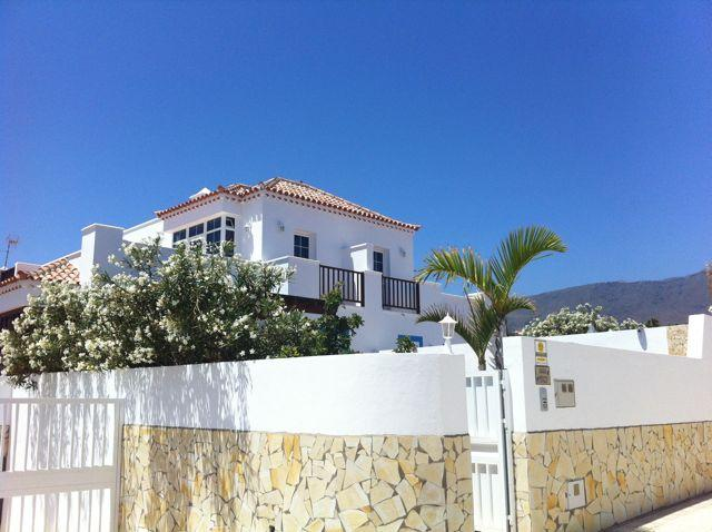 Outside - Villa with own pool - only 75mts from the seafront - Granadilla de Abona - rentals