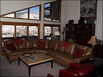 Living Area with Spectacular Views, Vaulted Ceilings, Balcony - Elegant, Large, Affordable Home - Spectacular Views (11564) - Avon - rentals