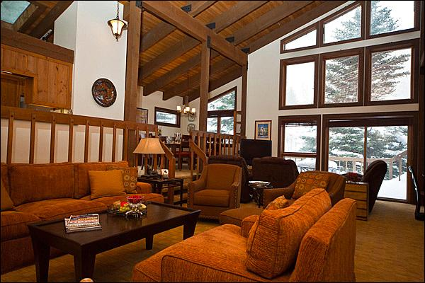 Spacious Living Area - Floor-to-Ceiling Windows - Spacious Layout - Gore Range Views, Remodeled (6051) - Vail - rentals