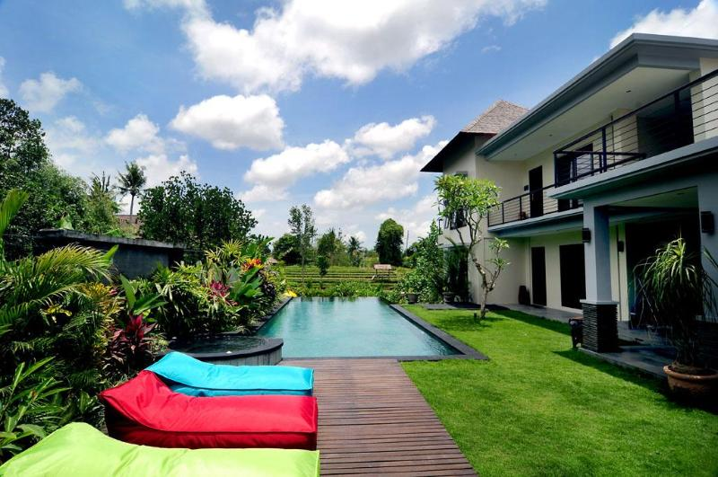 View of garden and pool from living room - Villa Sanga - Large Lux 3 bed villa / private pool - Canggu - rentals
