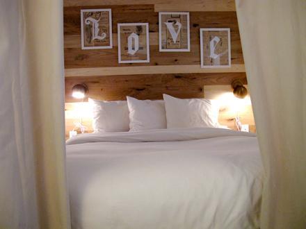 queen bedroom - East Village - Gramercy - Stylish Boutique Suites - New York City - rentals