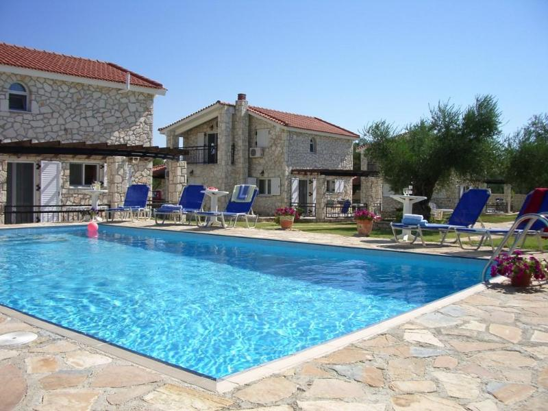 Kaminia Villas pool area - Kaminia Villas, Zakynthos, Ionian islands, Greece - Lithakia - rentals