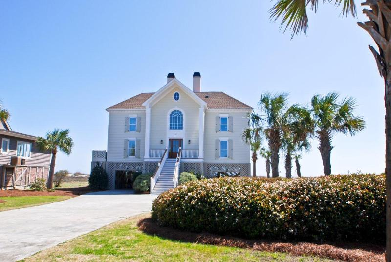 Front Exterior - Oceanfront 6 Bed, 4 Ba, Heatable Pool!! - Isle of Palms - rentals