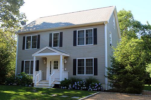 1611 - Beautiful Colonial in Oak Bluffs with Air Conditioning - Image 1 - Oak Bluffs - rentals