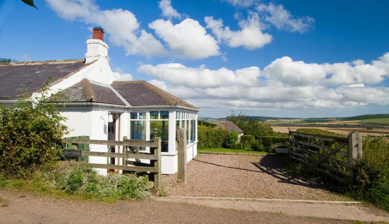 Rose Cottage - Rose Cottage,High Humbleton with spectacular views - Wooler - rentals