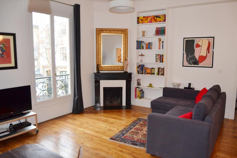 ART Marais PARIS 2 Bedroom, 2 Bathroom Apartment - Image 1 - Paris - rentals