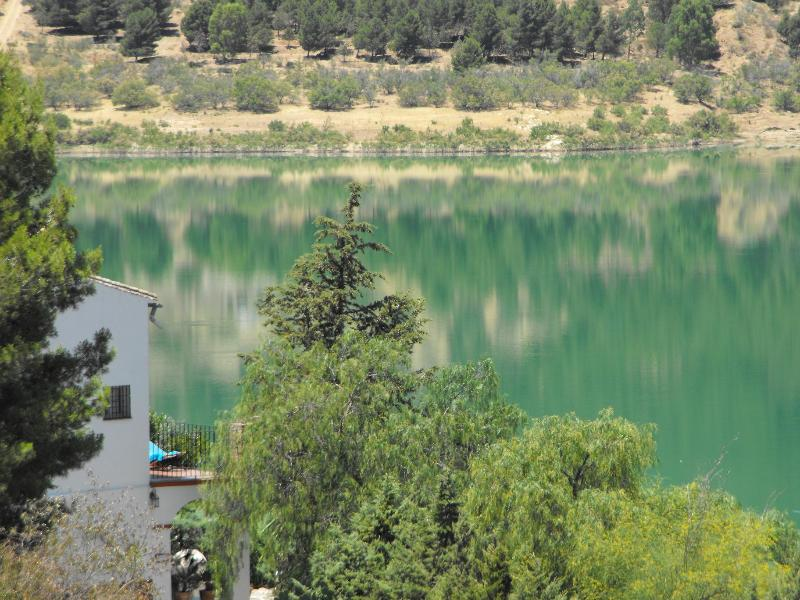 Lakeside Andalusian Finca with Panoramic Lake view - Image 1 - Antequera - rentals