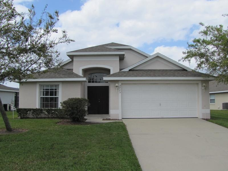 2715 PL  3 Bedrooms, 2 Bathrooms, Wi-Fi, 200 Channel Digital TV, Screened in Pool - Image 1 - Kissimmee - rentals