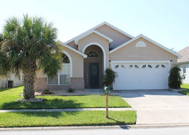 Vacation rental with heated pool & Spa in Indian Creek, 3 miles from Disney - Image 1 - Kissimmee - rentals