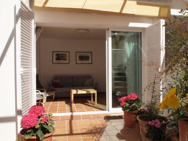 Apartment with Patio - Elegant design apartment in the heart of Granada - Granada - rentals